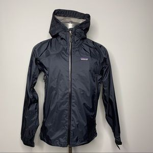 Patagonia raincoat womens black jacket size m